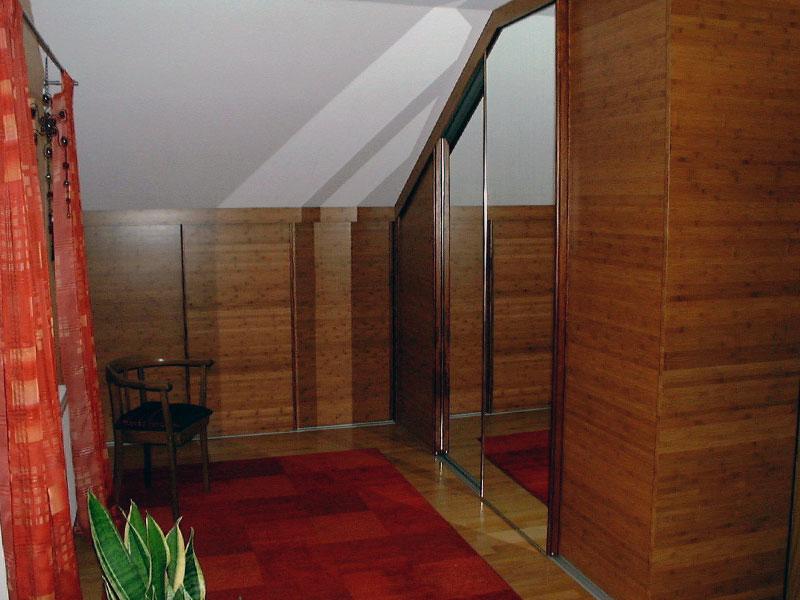 Einbauschrank Schlafzimmer mit Spiegeltüren